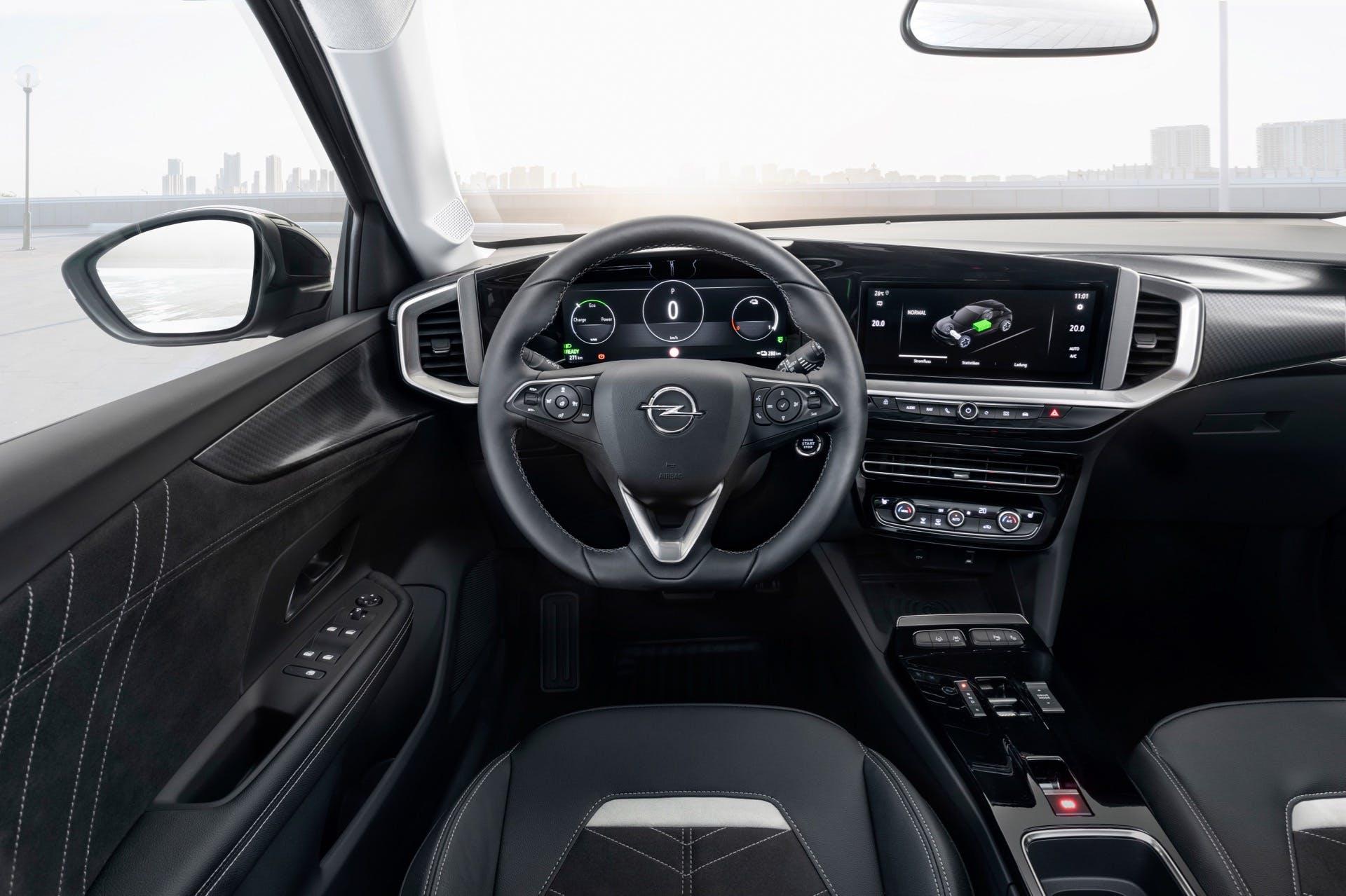 Opel Mokka interno plancia