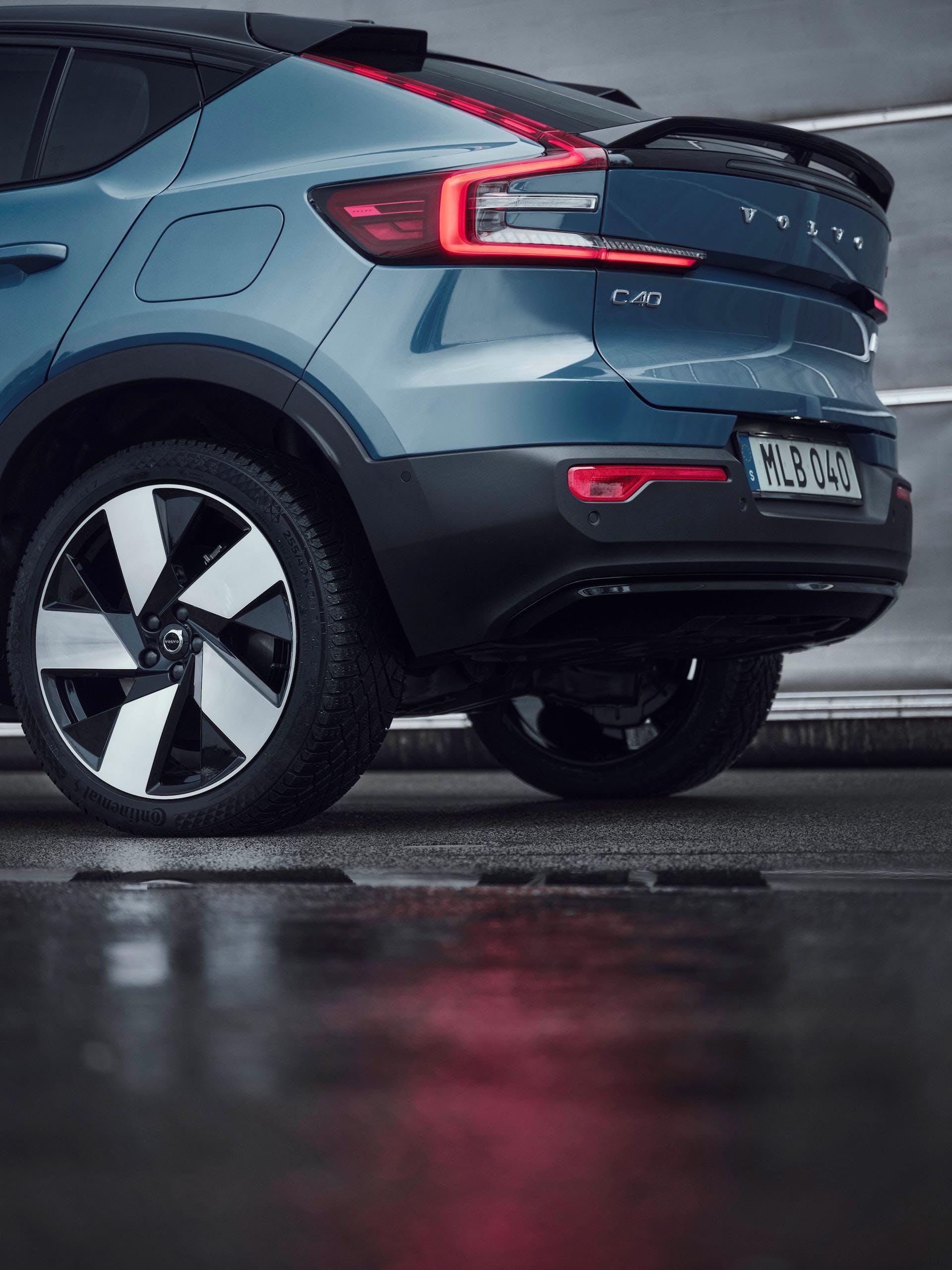 Volvo C40 Recharge - rear