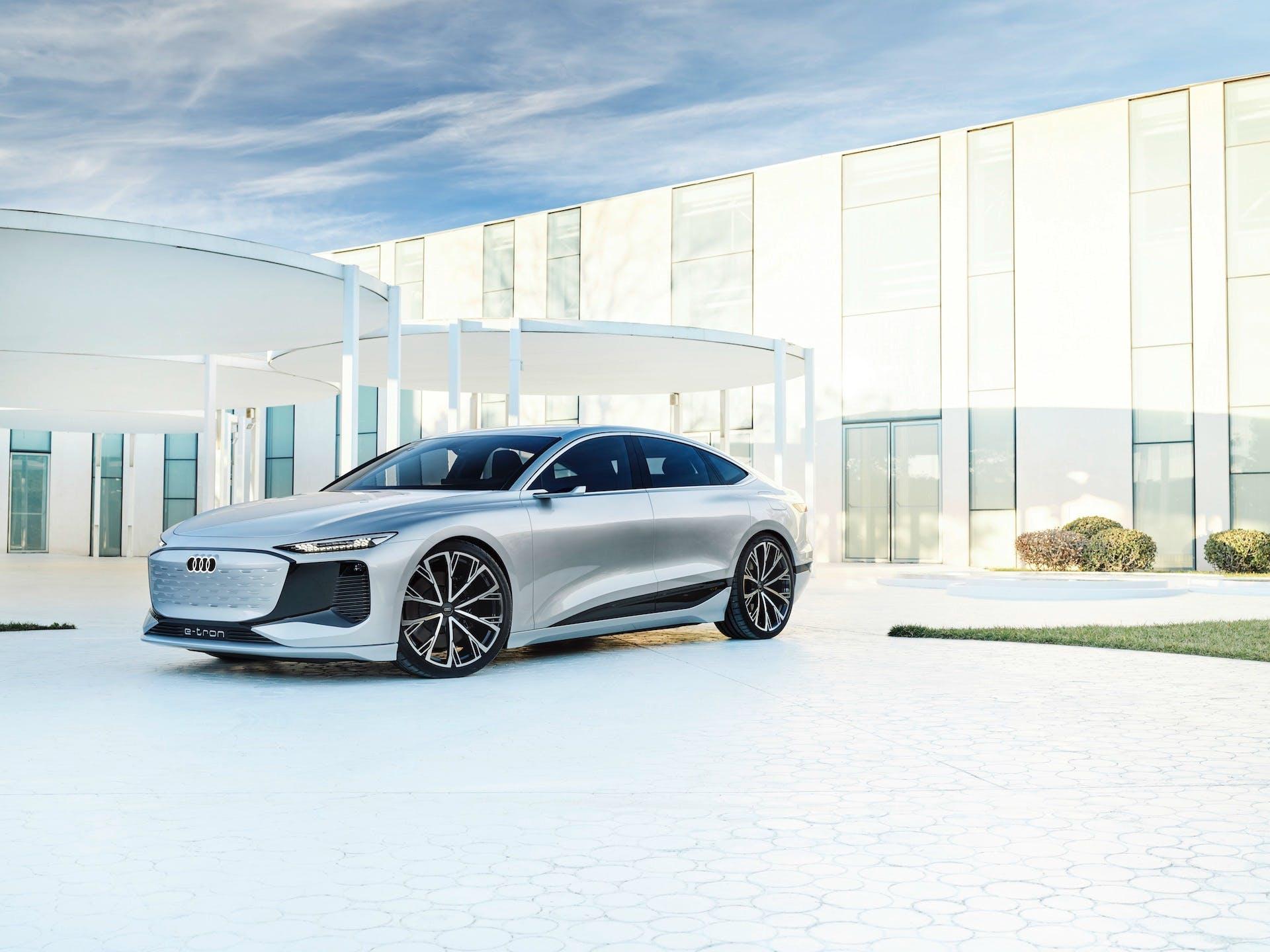 Concept dell'Audi A6 berlina e-tron, versione totalmente elettrica