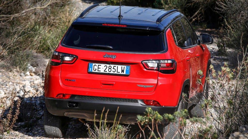 Nuova Jeep Compass 2021, il SUV che è anche un vero fuoristrada – Prova