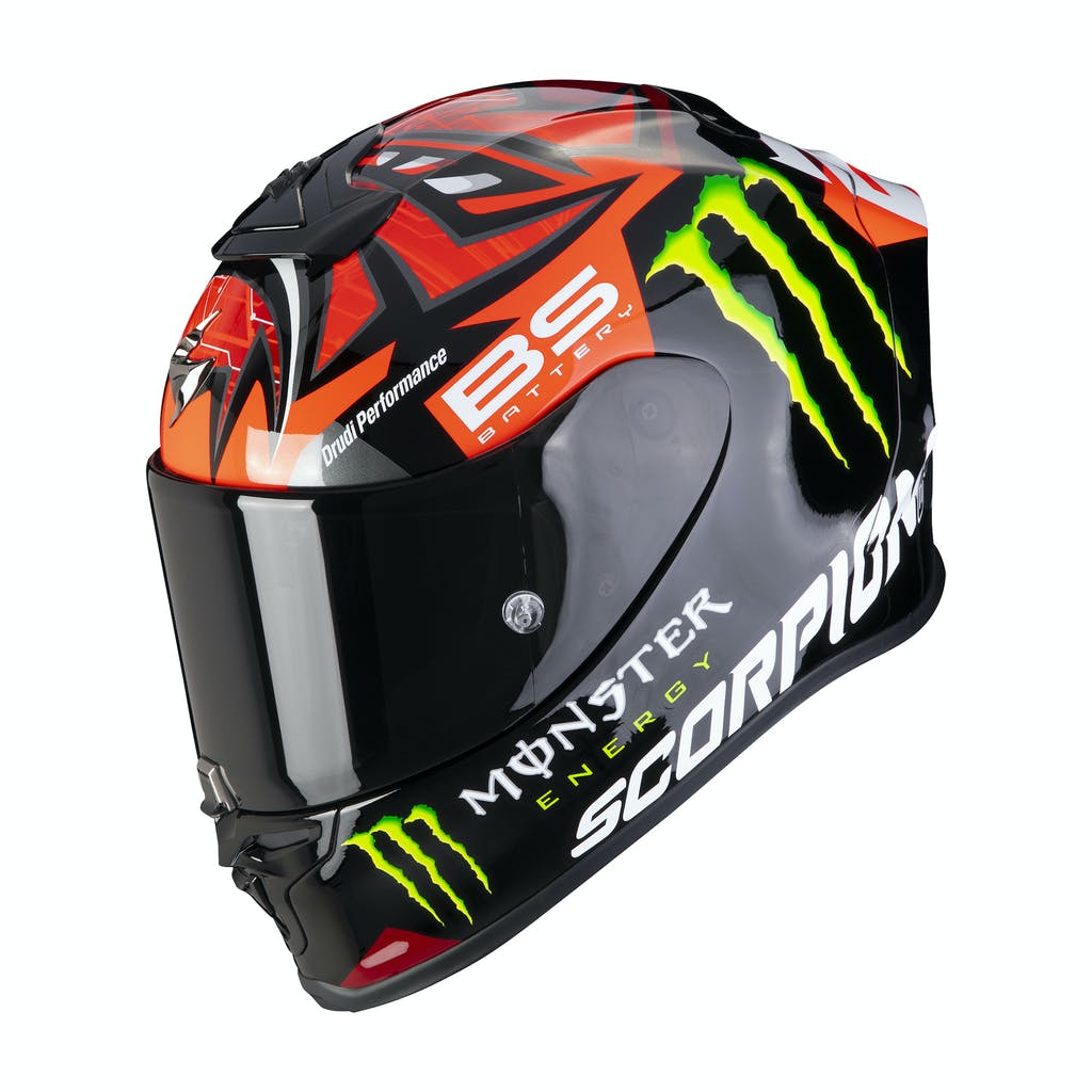 """Scorpion EXO R1 Air, il nuovo casco racing leggero e """"aero"""""""