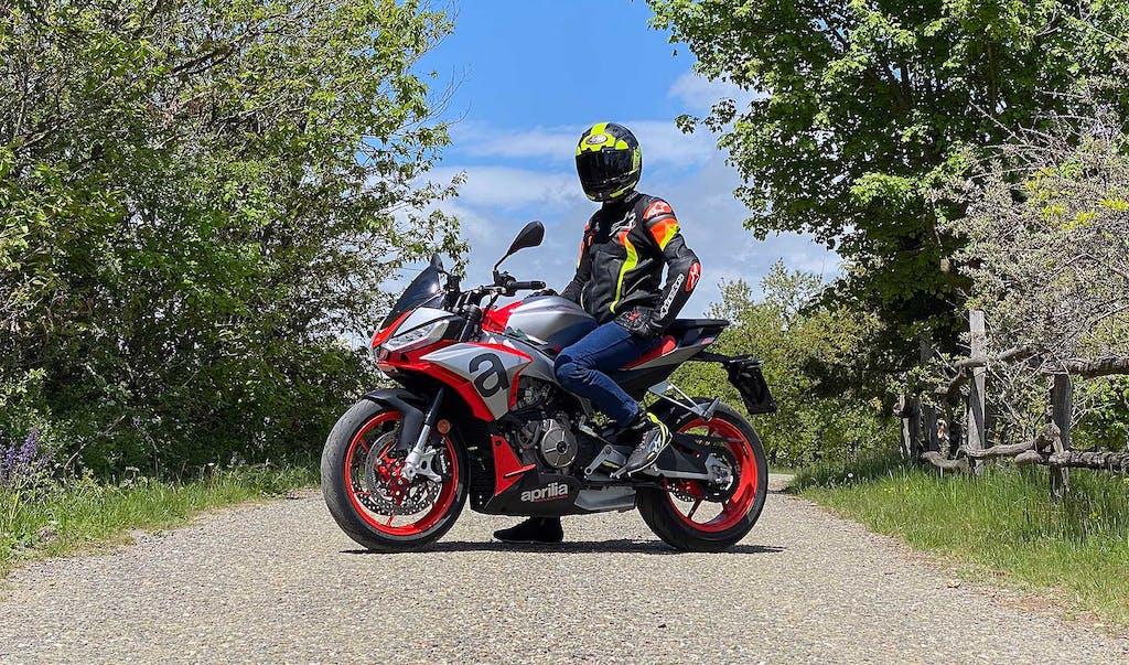 1000 km con Aprilia Tuono 660