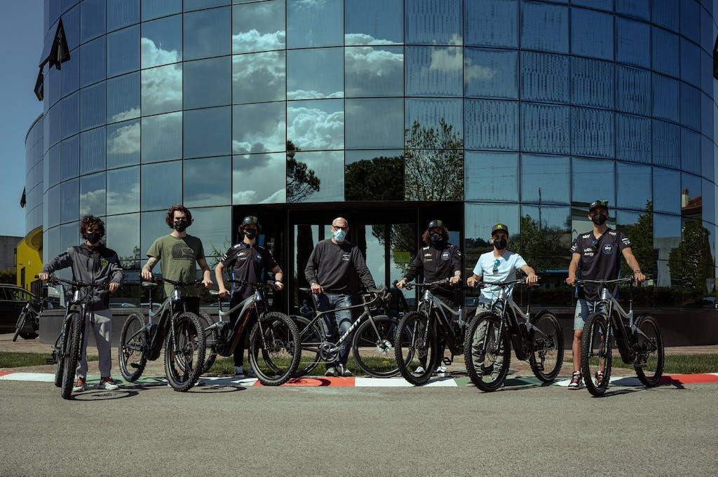 Giant e VR46 Riders Academy, pedali e motore