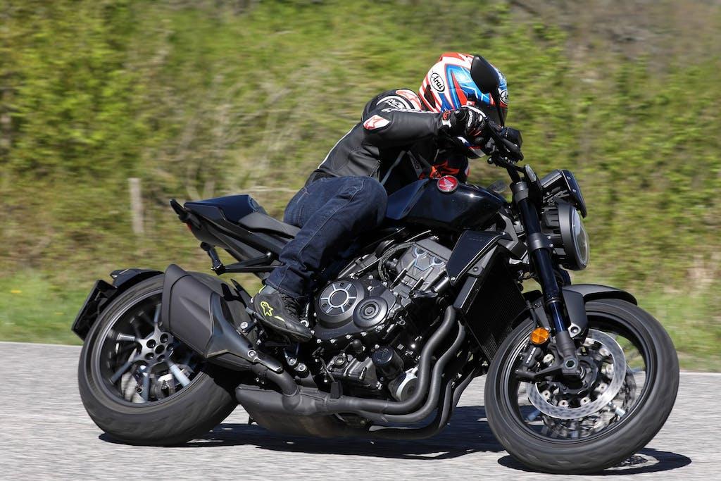 Prova Honda CB1000R 2021 Black Edition