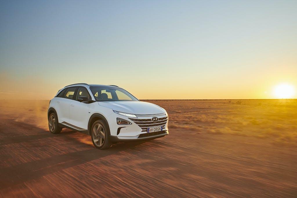 Hyundai Nexo, 887,5 km con un pieno di idrogeno