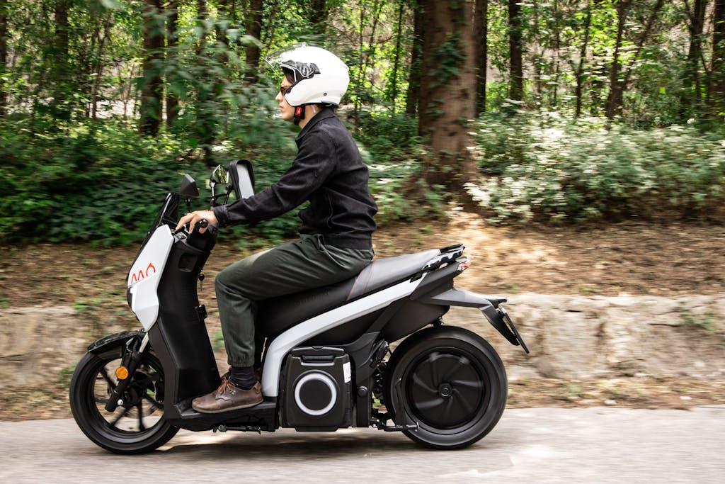 Scooter elettrici, prova del Seat MÒ eScooter 125