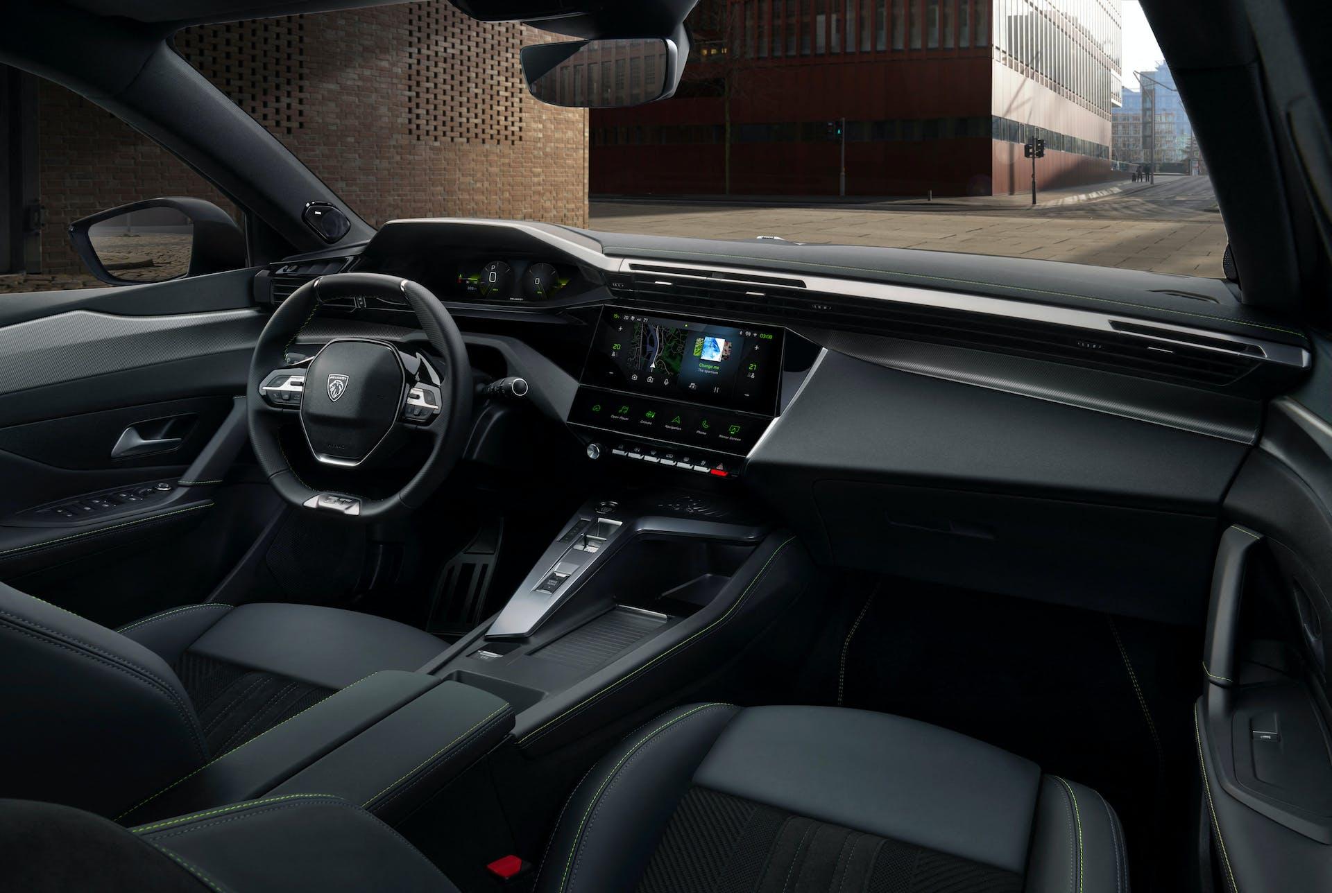Abitacolo della nuova Peugeot 308, denominato i-Cockpit
