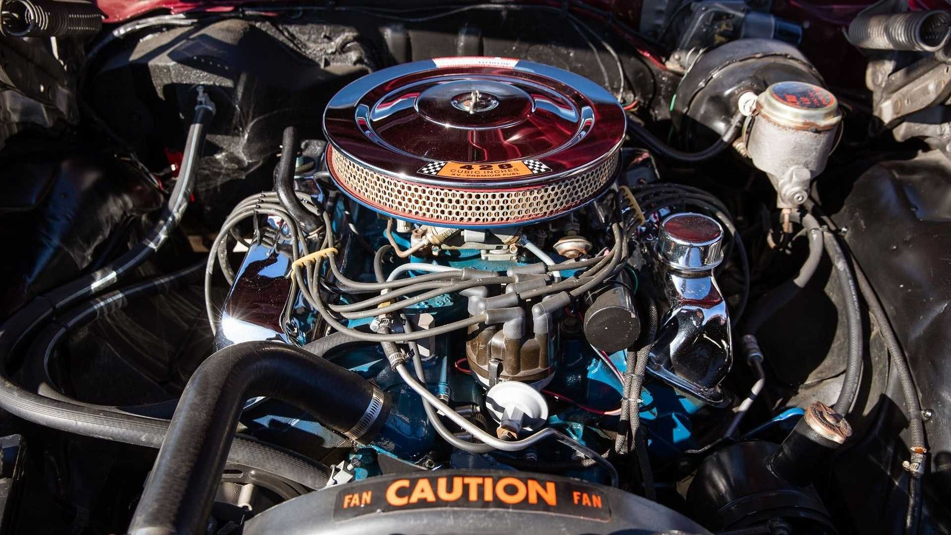 Motore Ford FE 7 litri di una Ford Galaxy del 1967