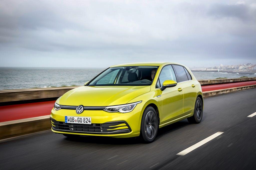 """Mercato auto Europa: la rivincita delle auto """"non SUV"""""""