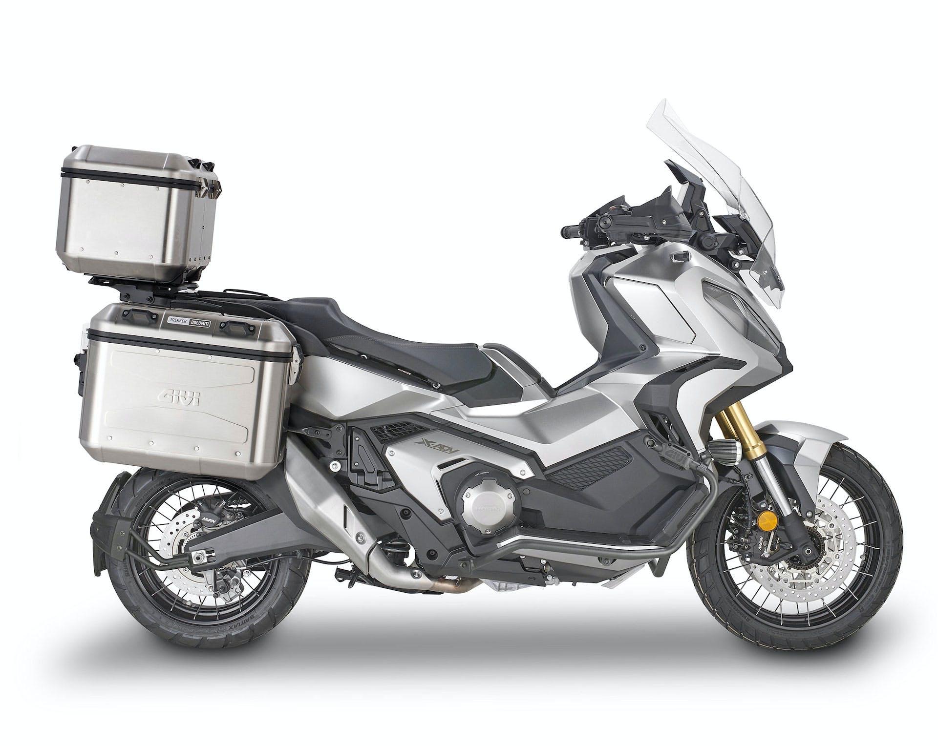 Honda X-ADV con tris valigie GIVI Dolomiti