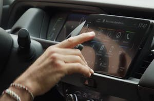 Honda Jazz hybrid infotainment