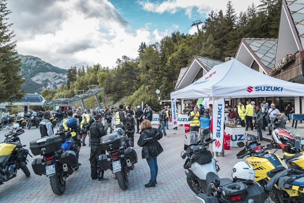 Suzuki V-Strom Day: al via la replica per il 2022