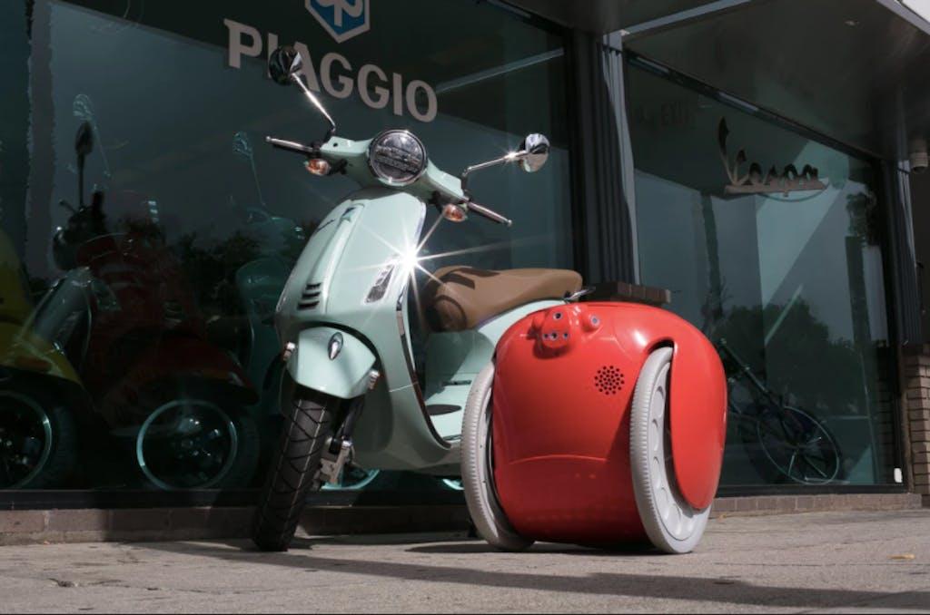 Piaggio Fast Forward presenta la tecnologia per moto e scooter disponibile dal 2022