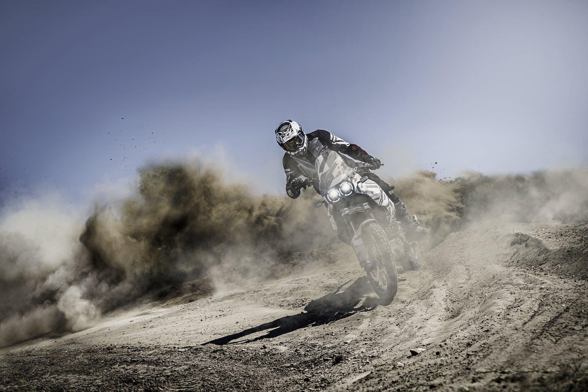 Ducati DesertX 2022