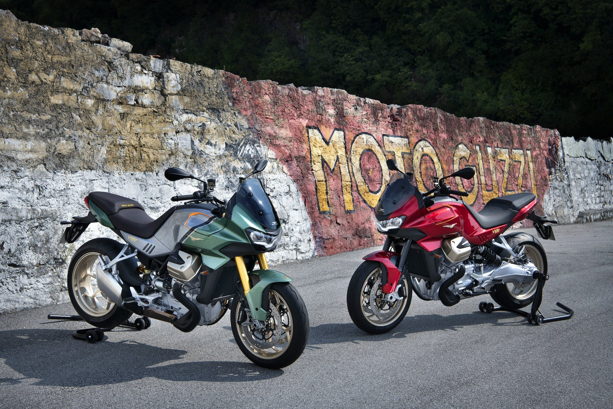 Moto Guzzi V100 Mandello due colori
